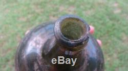 1700's BLACK GLASS ONION PIRATE GIN BOTTLE 12