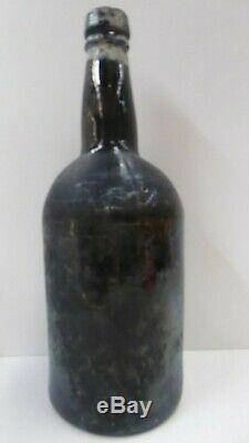 ANTIQUE 1800s BLACK GLASS BOTTLE GOLD MINE DIG