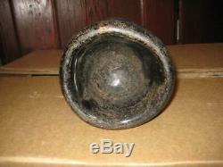Ca 1735 black glass English mallet from Virginia