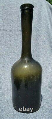 Colonial Era Dutch Long Neck Wine Bottle 1750-1780 Olive Green Black Glass