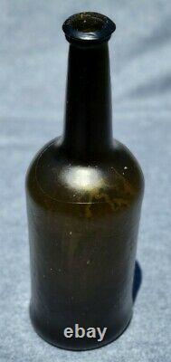 Colonial Era English Cylinder Wine Bottle 1770-1790 Deep Olive Greenblack Glass