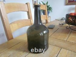 Excellent Condition I. P. S 1773 Dated Black Glass Squat Cylinder Wine Bottle