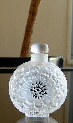 Lalique France Dahlia Perfume Bottle (3 1/2), From 1931 Bath Set. Mint