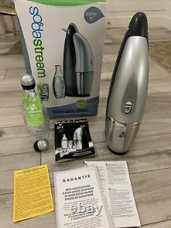Sodastream Penguin Seltzer/Soda Maker & 2 Glass Bottles NEW