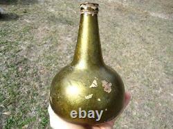 WORLD CLASS 1700s GREEN IRRIDESCENT ONION BOTTLE BLACK GLASS DUTCH OPEN PONTIL